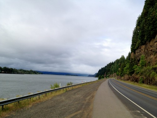 Cycling Along the Columbia River