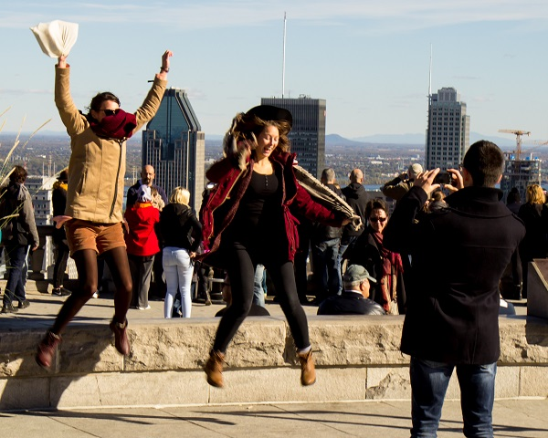 Mount Royal - 1..2..3..JUMP