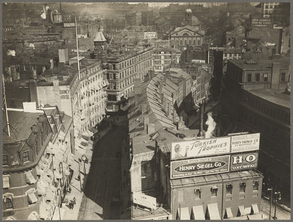 800px-BrattleSt_ca1920_Boston_BPL_08_02_001024